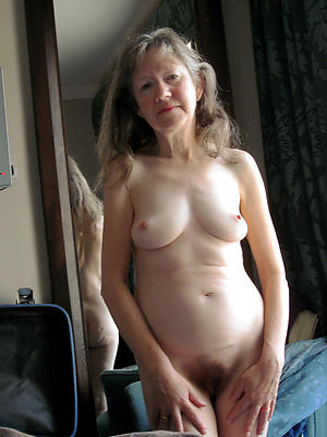 nude pics be required of old mature wife