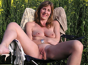 xxx pictures of old mature wife