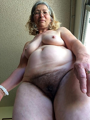 hotties old women with hairy pussies