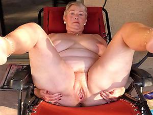 amateur fat sexy granny nude pics