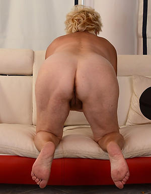 xxx pictures of broad in the beam ass granny