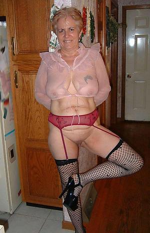 xxx grannies at hand lofty heels porn pic