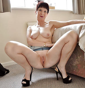 grannies in high heels amateur pics