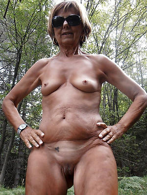 nice grannies with glasses overt photos
