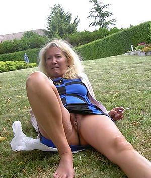 xxx nude grandmother pictures