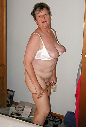 amazing nude grandmother pictures