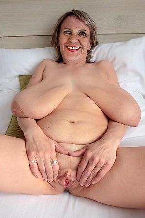 saggy tit granny love porn