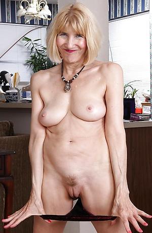 hotties granny mature vulva