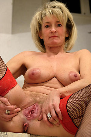 beautiful granny mature vulva