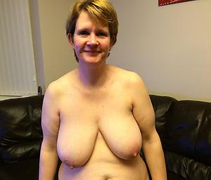 granny big boobs posing nude