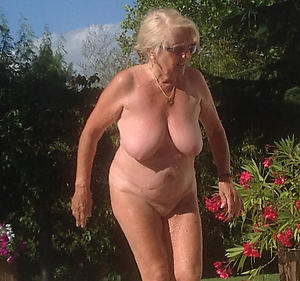 hotties grannies with big chest