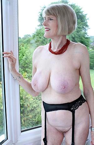 saggy granny boobs porn pics