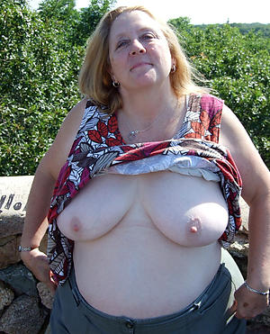 saggy granny knockers private pics