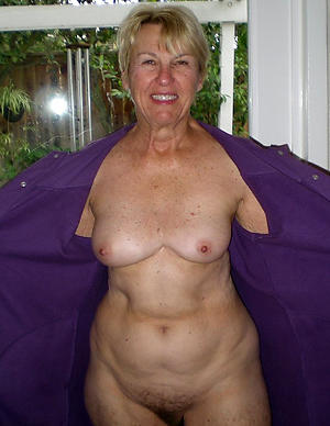 nude granny hither small tits pics