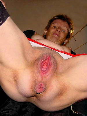 sex galleries of shaved granny pussy