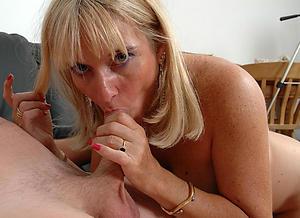 older women giving blowjobs amateur pics