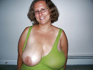 slutty older women with big knockers pic