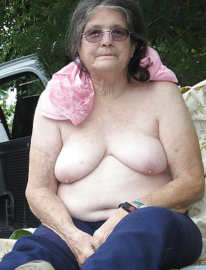 nude  unmitigatedly old women xxx