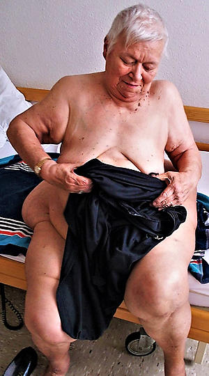 naked uncompromisingly old grannies sex pics