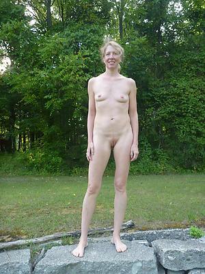 skinny nude granny homemade pics