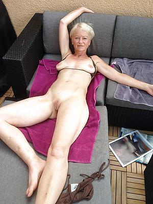 slutty shrunken nude granny porn pic