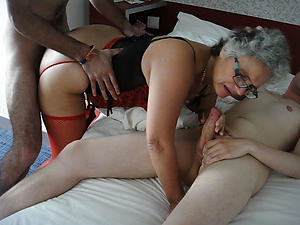 naughty fuck older women undress pics