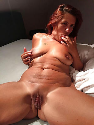 porn pics for sexy old mature housewifes