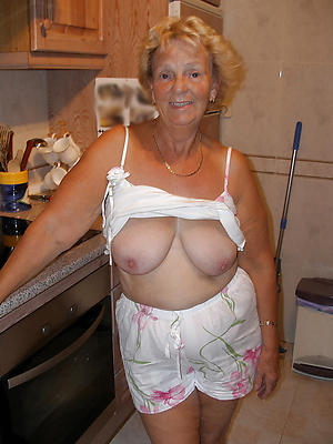 old housewife pussy private pics