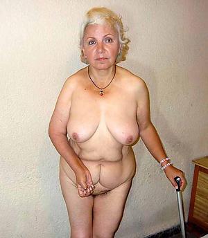 older nude grannys posing nude