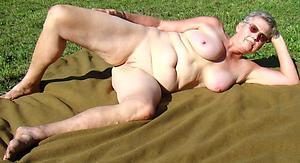 sexy older women nude pics