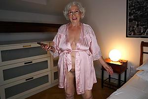 amazing older ladies naked photos