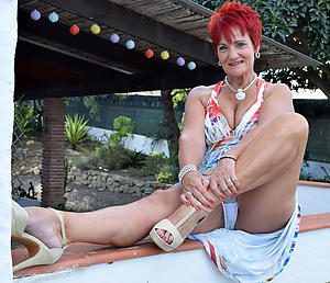 crazy older women upskirt lay bare pics
