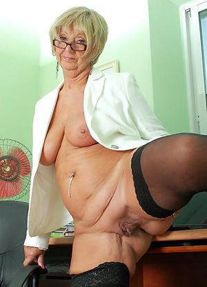 sexy older women cunts porn blear