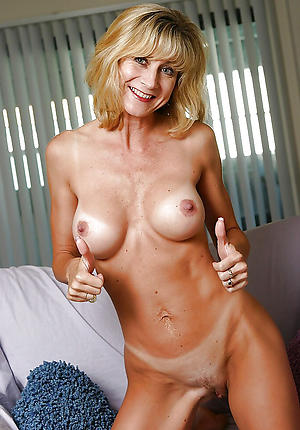 cougars older women private pics