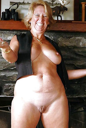 nude pics of older women cougars