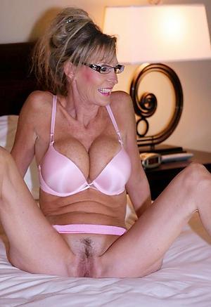 porn pics of older women solo