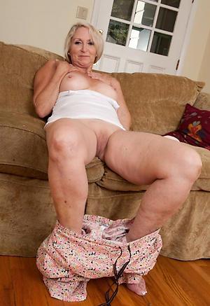 hot blonde women porn pics
