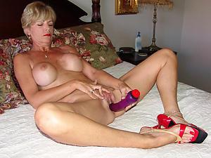 nude pics be fitting of superannuated pussy masturbating