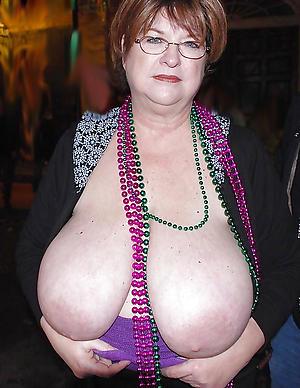 free pics of older women encircling big tits