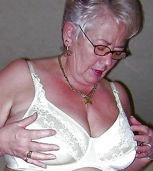xxx granny lingerie porn pics