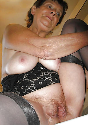 naughty elderly brunette pussy