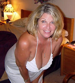 moms old pussy reticent pics