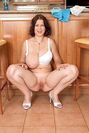 hot older housewives posing nude