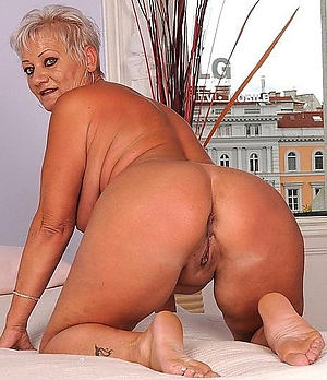 old naked grannies free pics