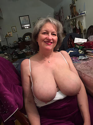 old gentlefolk big tits posing nude