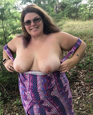 old bbw pussy posing nude