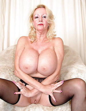 horny busty granny nude pic