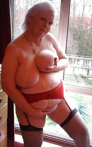 hot leader granny unorthodox pics
