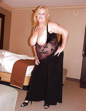naked busty grannies pics