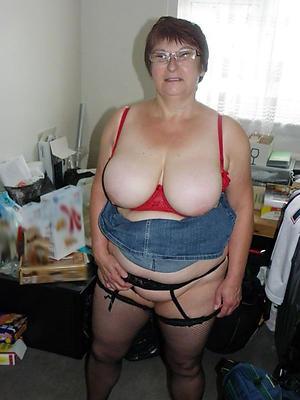 nude busty grannies pics